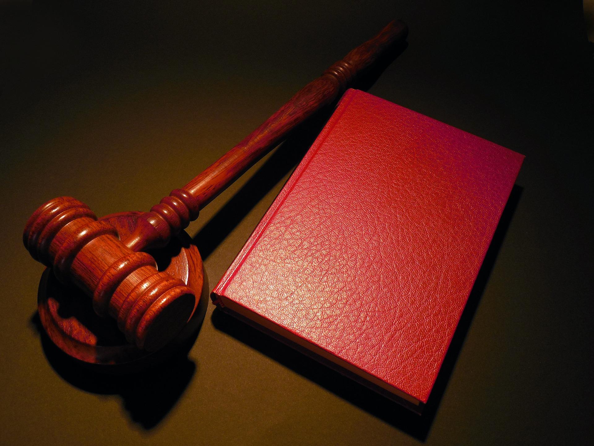 Delictes contra l'honor, la calúmnia i la injúria